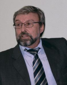 Председатель Отделения, д.т.н., профессор, заслуженный работник высшей школы РФ В. А. Минаев.