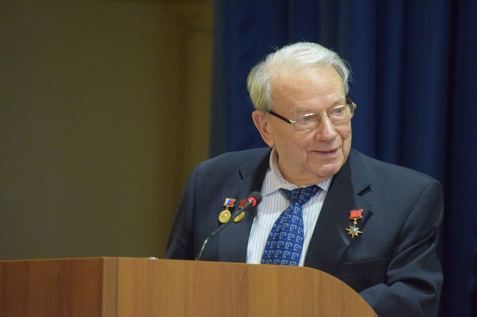 Президент РАЕН О.Л. Кузнецов